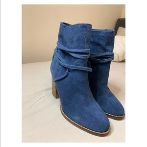 Deep Blue heel booties